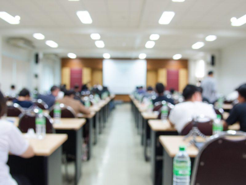 Cursos, palestras e workshops sobre segurança no trabalho